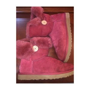 Red Bailey Button Ugg boots